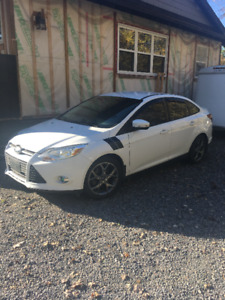 2013 Ford Focus SE Sedan MINT CONDITION