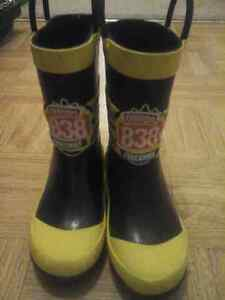 Size 10 Rain Boots Peterborough Peterborough Area image 1