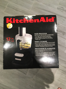 NEW Kitchen Aid 12-Cup Food Processor and accessories , Black