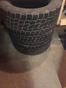 Set of 5 nitto terra grapplers 295/60/R20