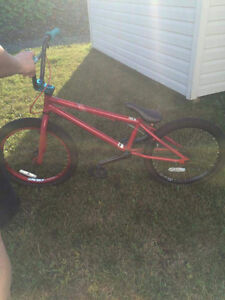 2012 MirraCo Velle BMX Bike