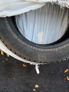 Selling tires-NOKIAN HAKKAPELIITTA 8 SUV225/55 R18 102T winter