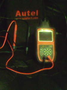 Autel  OBD II & CAN SCAN TOOL