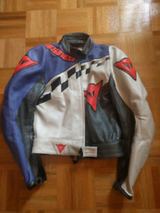 Dainese Motorcycle Leather Jacket and Pant Set / Small / Woman