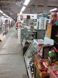 Canada's largest antique mall 600 booths to explore  Kitchener / Waterloo Kitchener Area image 1