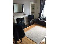 2 bedroom maindoor flat to let Easter road