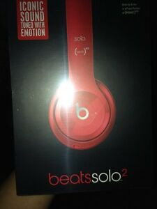 Beats for sale brand new West Island Greater Montréal image 3