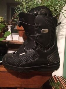 Size 10 DC snowboard boots