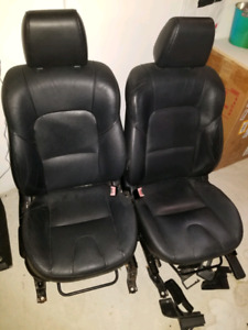 Mazda 3 leather seats