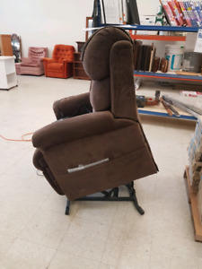 USED CHAIR LIFT