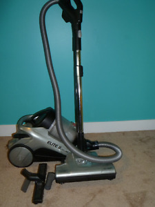 Hoover Elite II Cyclonic Vacuum Cleaner