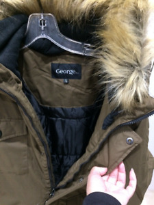 BRAND NEW MEN'S JACKET WITH TAG, OLIVE COLOR!