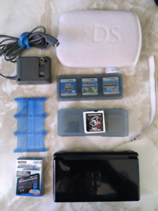 Nintendo DS bundle, TTDS cards, 1000s of games, battery, charger