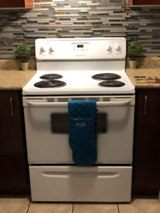 *MOVING SALE* - WHITE STOVE - GREAT CONDITION $230
