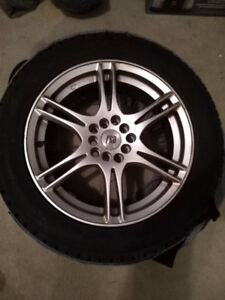 Toyo Observe G3-ICE studded winter tires 215/55 R17