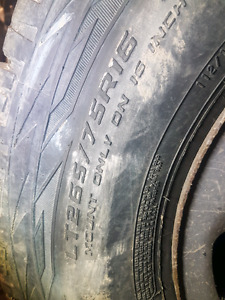 265/75R17 Mud and SNOW Cooper  Discovery A/T3