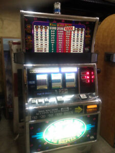 IGT S2000 12 TIMES PAY REAL CASINO SLOT MACHINE FULLY WORKING