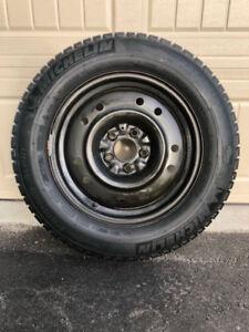 225/60/R16 (4) Michelin Winter Primacy Alpin on Steel Rims