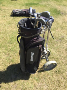 Spalding Golf Bag with clubs and pull cart