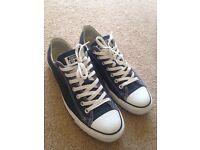 Converse - Size 9