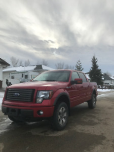 2011 Ford F-150 FX4 Leveled with Rockford Fosgate Sound System