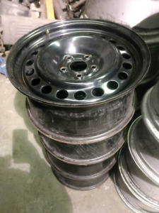 4x 17 inch rims steel mags very clean, 5x114.3