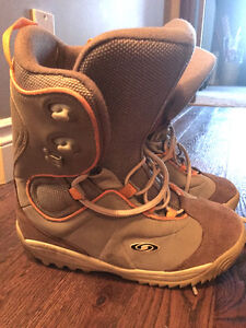 SNOWBOARD BOOTS - Great Deal !