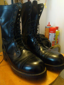 Steel toed garrisoncombat boots Size 12