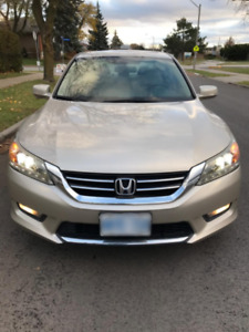 2014 Honda Accord Touring Excellent Condition Fully Loaded