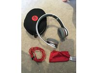 Beats by dr. Dre SOLO HD in white