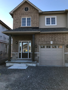 Brand New(3Br+3Wr)House For Rent In Water St &Woodland Dr $1900.