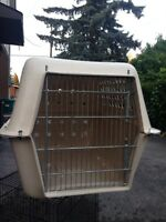 Dog kennel / airline crate 30lx20hx23w