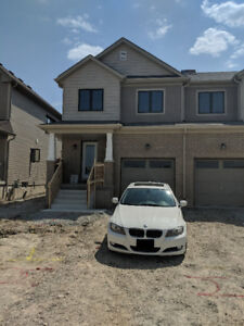 Rent Brand New 3-bedroom 3 bath End Unit Townhouse in Caledonia
