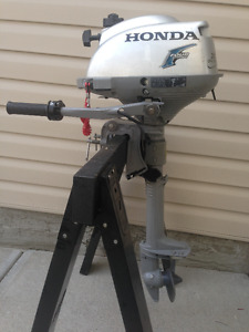 ===2006 HONDA BF2 FOUR-STROKE SHORT SHAFT OUTBOARD (5 HOURS)===