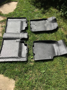 Husky floor liners - Ford Ranger 2005-2011 or Mazda B-series