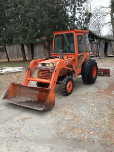 Kubota L2250 4WD With Cabin and heat DIESEL