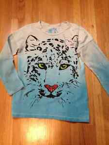 Long sleeve Children's Place with tiger motiff