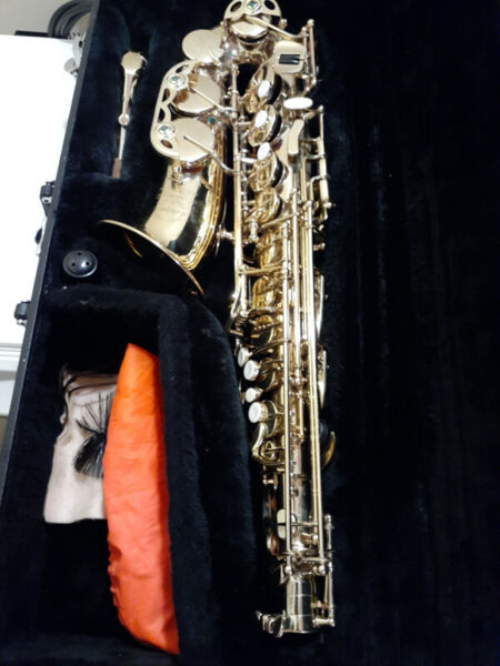 Saxaphone, ashiya ii brand.  sell @$538.  retail: $1,350 inc.tax