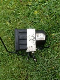 Astra h Sri 2007 1.9 cdti z19dth abs pump works perfect 07594145438