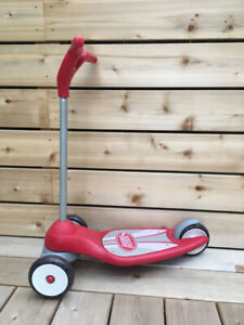 Classic Radio Flyer Kids Scooter. Gently used, mostly indoors