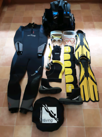 Full Dive Kit and Mesh Holdall for the price of a wetsuit
