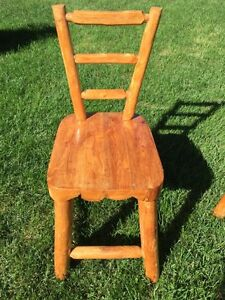 Natural wood rustic dinning table 6 chair  Stratford Kitchener Area image 2