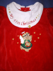 My First Christmas Baby Girls Velour Sleeper Outfit 6/9mts EUC