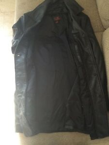 Danier Leather Jacket London Ontario image 2