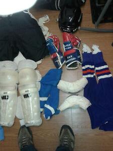 équipement hockey grandeur moyenne a grande
