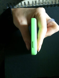 MINT Condition GREEN IPHONE 5C 200$ OBO Kitchener / Waterloo Kitchener Area image 3