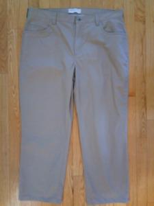 Men's Perry Ellis Cottons Pants, size 40X30, Tan Color, like new
