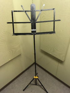 Foldable Music Stand (Hercules)