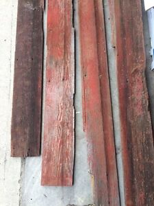 Barn wood - red & grey colours