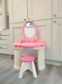 Kids dressing table step 2 plastic pink